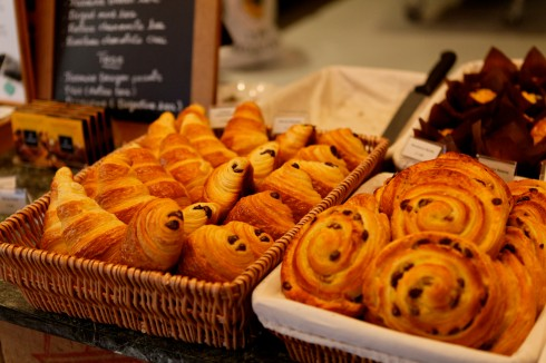 ready for full day business, warm pastries out of the oven
